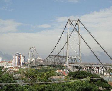 Os melhores locais para fotografar a Ponte Hercílio Luz em Florianópolis