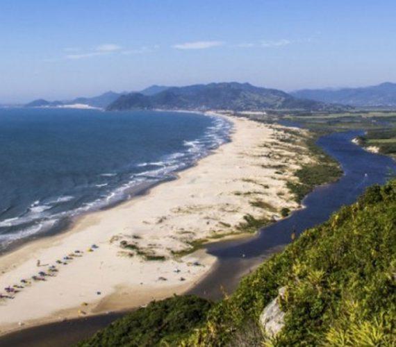 Florianópolis une ecoturismo e baladas